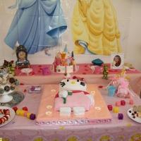 dekoration-kindergeburtstag-prinzessin-ritter-party-1-jpg