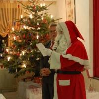 nikolaus-weihnachtsmann-bescherung-1-jpg
