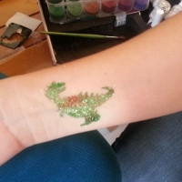 glitzer-tattoos-kinderparty-buchen-1