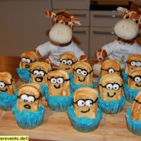 backen-fuer-kinder-minions-muffins-9-jpg