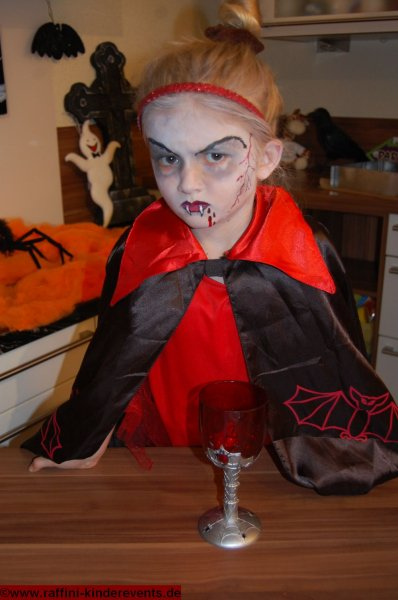 backen-kinder-halloween-party-raffini-kinderevents-14