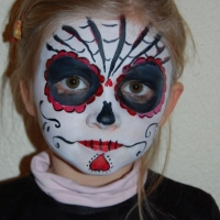 halloween-party-facepainting-2013-17